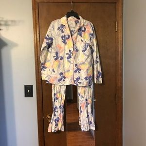 Gilligan And O'Malley Floral Pajamas S